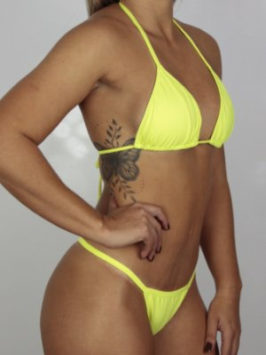 Empina Bumbum Frente Maior Amarelo Neon