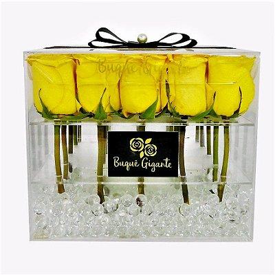 Exclusivo Box em Acrílico c/ 25 Rosas Importadas Amarelas