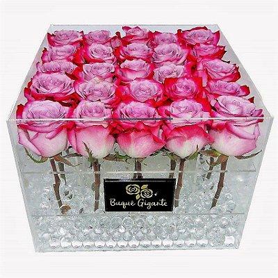 Exclusivo Box em Acrílico c/ 25 Rosas Importadas cor Pink