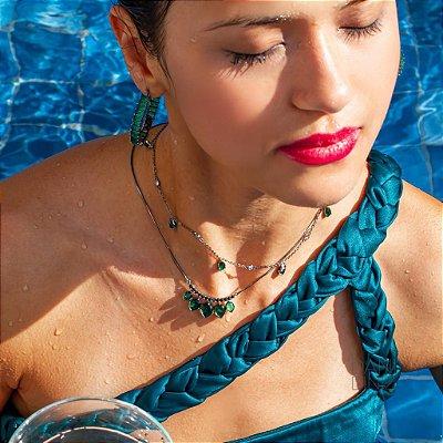 Colar detalhe zircônias negras e cinco gotas esmeralda fusion