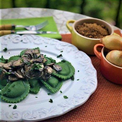 Raviolli MEZZALUNA (verde) de Cebola Caramelizada e Mussarela 1kg