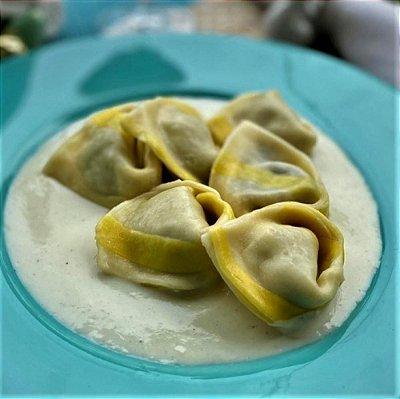 Panzotti Funghi, Mussarela e Limão Siciliano
