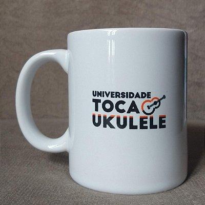 Caneca Eu amo ukulele   UTU (Universidade Toca Ukulele)