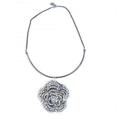 Colar Floral de Crochê em Metal Artesanal Heliana Lages