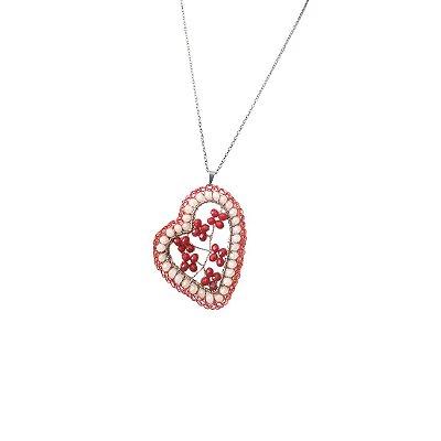 Colar Coração Bordado de Crochê em Metal Heliana Lages