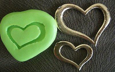 Molde de Silicone Coração G p/ cupcake (4cm)