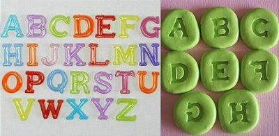 Molde de silicone alfabeto letras P - (1,7cm)