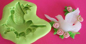 Molde de Silicone Pomba com flor (3,3cm)