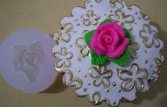 Molde silicone Incolor  Rosa c/ folha (p/ doces, cupcakes e bolos)- (3,3cm)