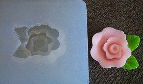 Molde silicone Incolor Flor com folha - 4239 (2,5cm)