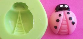Molde de Silicone Joaninha rosa (1,7cm)