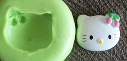 Molde de Silicone Hello Kitty  (1,6cm)