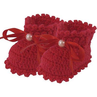 Sapatinho de Crochê de Lã Modelo Amorzinho