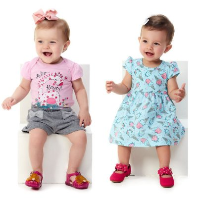 Kit Roupa Bebê Menina 1 Conjunto Blusa e Shorts + 1 Vestido