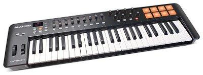 Teclado Controlador M-Audio OXYGEN 49 MK4