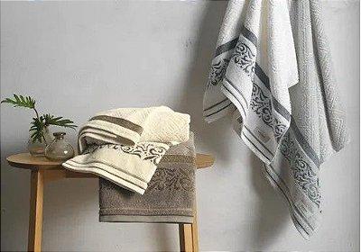 Toalhas Núbia Karsten Banho e Rosto - Cor Natural/Marrom - Tam Banhão 70X140m e Rosto 48X80cm - Gramatura 500g/m²