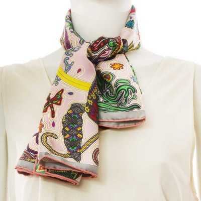 HERMÈS | Lenço Hermès Seda Estampado Rosa Claro
