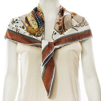 HERMÈS | Lenço Hermès Seda Branco e Marrom