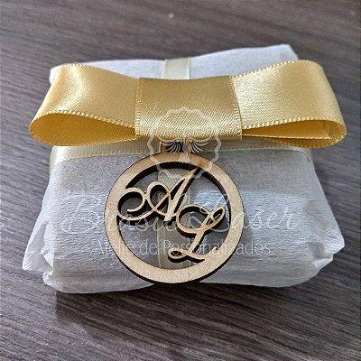 20 Medalhinhas Para Bem Casados ou Bem Vividos em Mdf (Sem Pintura) com as Iniciais que o Cliente Desejar