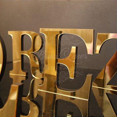 Letras  com 15 cm de Altura - Opções de Material e cor com preços variados dentro do anuncio.