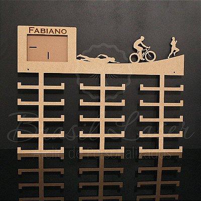 Porta Medalhas Triathlon com Porta Retrato - Tamanho 60cmx40cm Aprox.60 Medalhas