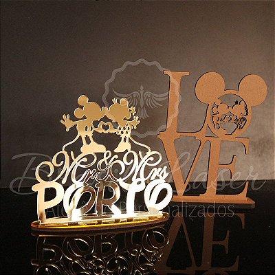 KIT Mickey e Minnie! Compre 1 e leve 2 - 1 Topo de Bolo em Acrílico Espelhado Dourado 20cm + 1 Topo em Mdf Love de Brinde.