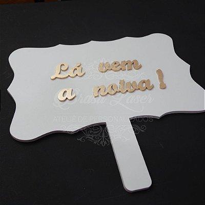 1 Placa para Entrada da Daminha ou Pajem com a Frase Personalizada - Opções de cor dentro do anuncio.