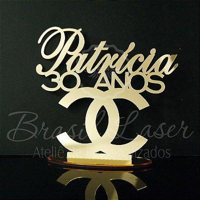 Topo de Bolo para Aniversário Coco Chanel - Tamanho com 20 cm (maior lado da peça) - Cor à Escolher