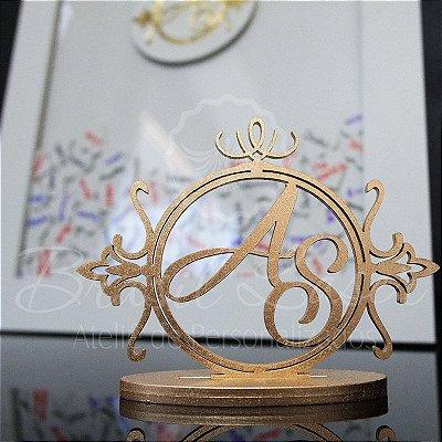 Kit Promocional! 1 Topo de Bolo Mdf Pintado de Dourado 20 cm + 1 Quadro de Assinaturas Branco com Dourado