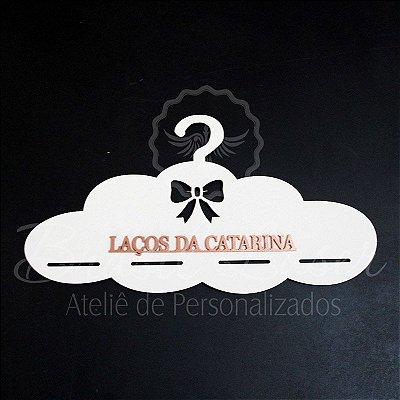 Cabide para Laços de Nuvem em Mdf Branco - A cor do Aplique deve ser selecionada dentro do Anúncio.