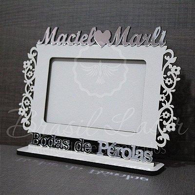 Porta Retrato Bodas de Pérolas, Branco com Acrílico Espelhado foto 10cmx15cm Personalizado no nome do Casal