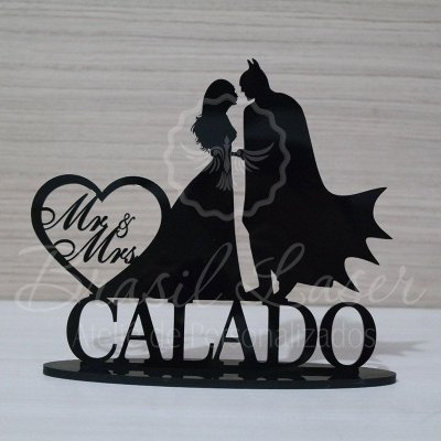 Topo De Bolo Batman - Tamanho com 20cm (maior lado da peça) - Cor à Escolher