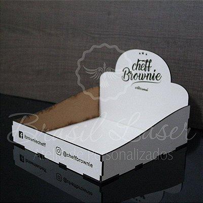 1 Expositores de Brownie / Alfajor / Palha Italiana / Cake / Pão de Mel com 20x20cm em Mdf BRANCO com logomarca gravada