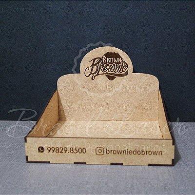 5 Expositores de Brownie / Alfajor / Palha Italiana / Cake / Pão de Mel com 24x24cm em Mdf com logomarca gravada