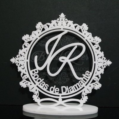 Topo De Bolo Bodas de Diamante com 20cm (maior lado da peça) - Cor à Escolher