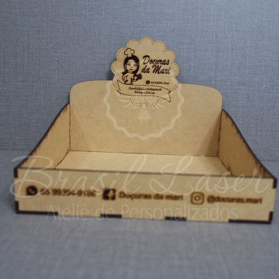 10 Expositores de Brownie / Alfajor / Palha Italiana / Cake / Pão de Mel com 17x17cm em Mdf com logomarca gravada