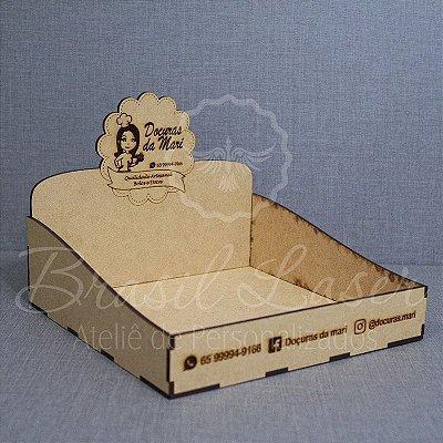 11 Expositores de Brownie / Alfajor / Palha Italiana / Cake / Pão de Mel com 17x17cm em Mdf com logomarca gravada