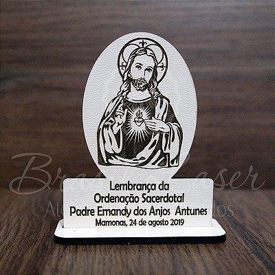 50 Lembrancinhas Religiosas ( Sagrado Coração de Jesus ) com 8 cm de altura no Mdf Branco