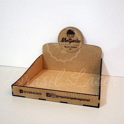 10 Expositores de Brownie / Alfajor / Palha Italiana / Cake / Pão de Mel com 15x13cm em Mdf com logomarca gravada