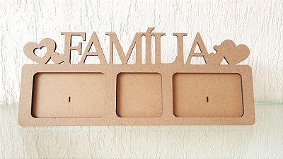 Porta Retrato para 3 fotos escrito FAMÍLIA