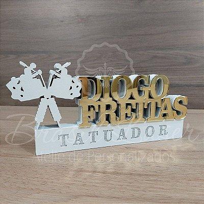 Decoração para Tatuador / Tatuadora com Nome Personalizado - **Cor e tamanho são  dentro selecionadosdo anuncio para ver cada preço**