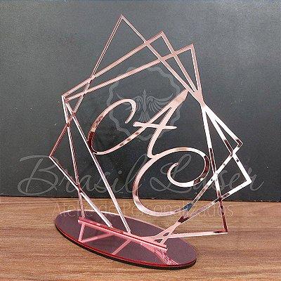 Topo De Bolo Geométrico com 20cm (maior lado da peça) - Cor à Escolher