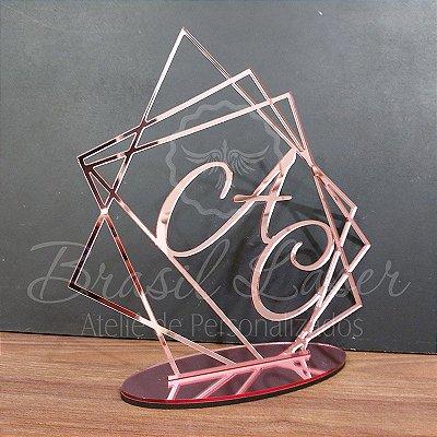 Topo De Bolo Geométrico com Tamanho com 14 cm (maior lado da peça) - Cor à Escolher
