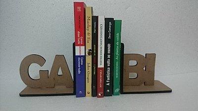 Par de Apoio Para Livros MDF - Modelo da Foto - Personalizável com 3 Letras cada Lado Máximo