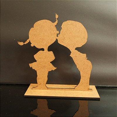 Topo De Bolo Casal Crianças - com 14cm (maior lado da peça) - Cor à Escolher