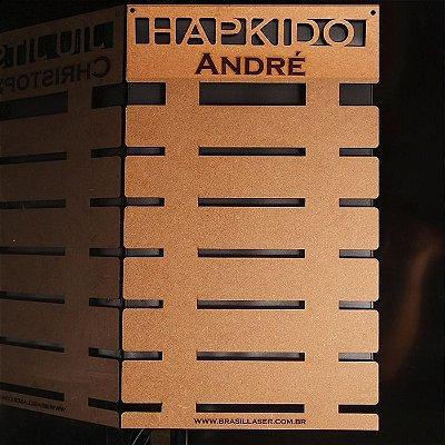 Porta Faixas HAPKIDO Personalizado Mdf Projeto Exclusivo De 3 a 10 Faixas