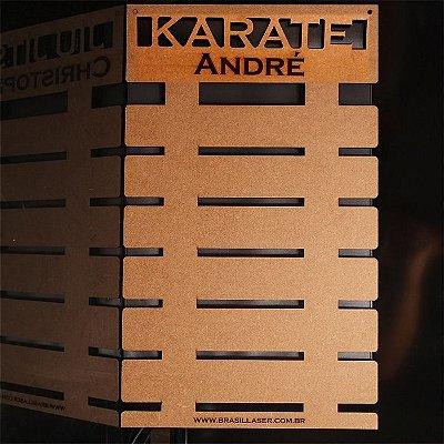Porta Faixas KARATE Personalizado Mdf Projeto Exclusivo De 3 a 10 Faixas