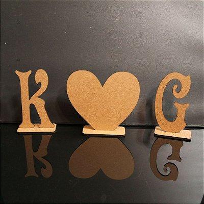 2 Iniciais + 1 coração com base, tamanho  à Escolher em Mdf 3mm