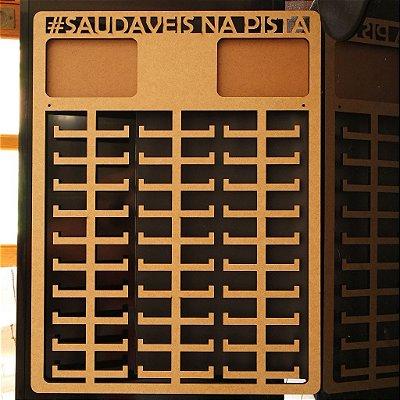 Novo Porta Medalhas Monster Personalizado com 2 Porta Retratos 10cmx15cm Tamanho 45cmx60cm Aprox.150 Medalhas