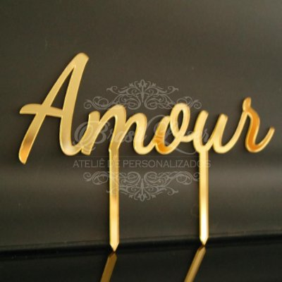 Topo De Bolo para Fincar Amour - Cor deverá ser selecionada dentro do anúncio.